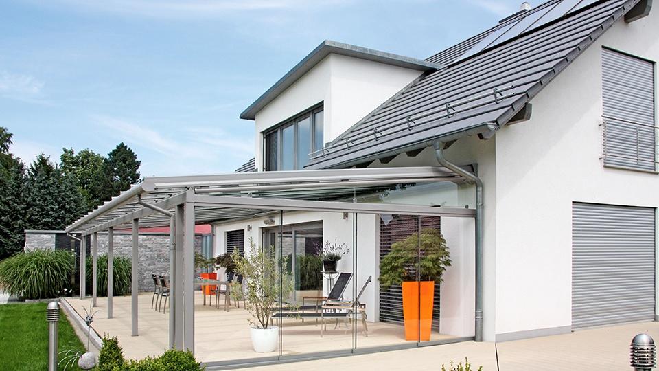 Ganzglas Schiebetüren für die Terrasse
